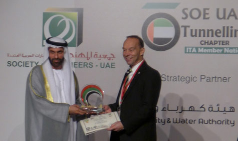 Engineer Essa Al Maidoor, President of the Society of Engineers – UAE with Søren Eskesen, President of the ITA