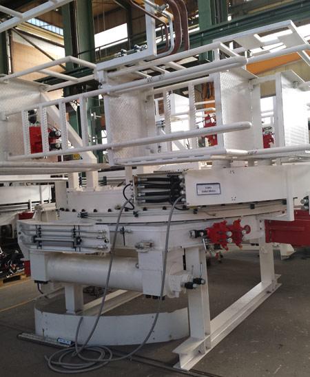 Segment erector assembly