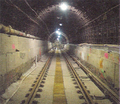 Refit of the old Hudson River tunnels
