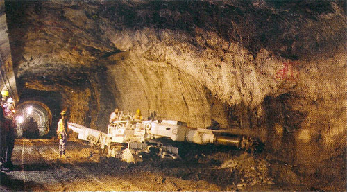 Roadheaders replaced drill-blast excavation oin the hard mica schist and quartz