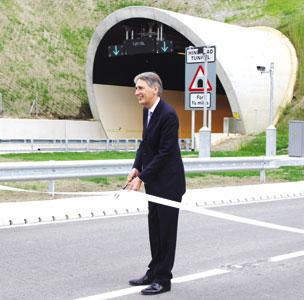 Philip Hammond opens Hindhead tunnel