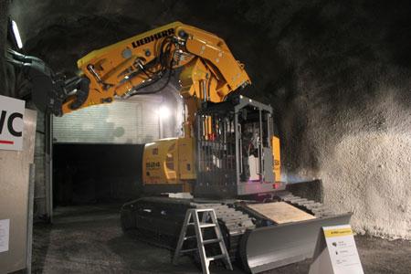 Liebherr's 924 compact excavator