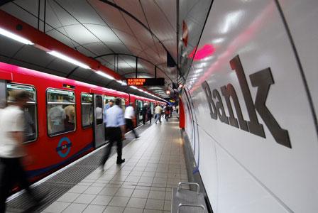 A DLR platform at Bank