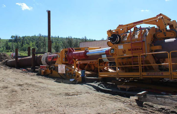 Installation of 330m x 1.06m pipeline in trenchless mode in one step at Beaver River, Canada