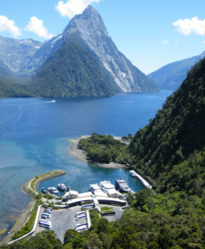 Milford Sound attracts 420,000 visitors