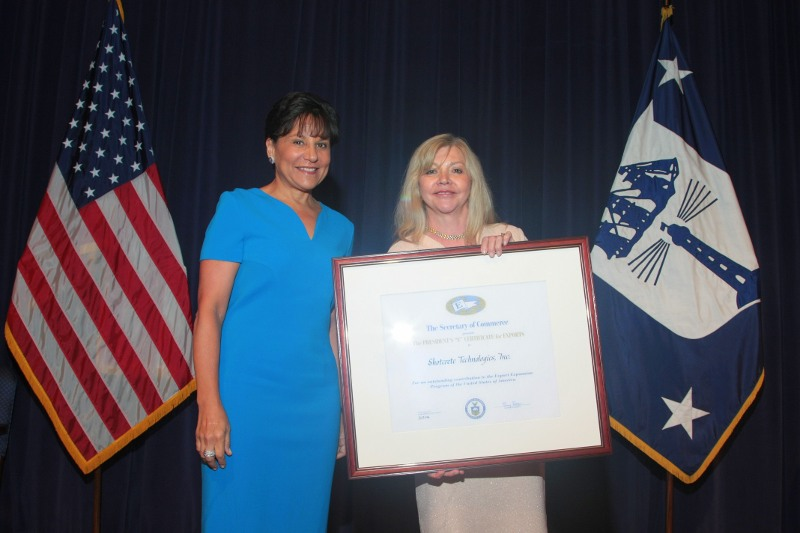 Shotcrete Technologies' CEO Mary Jane Loevlie (right)