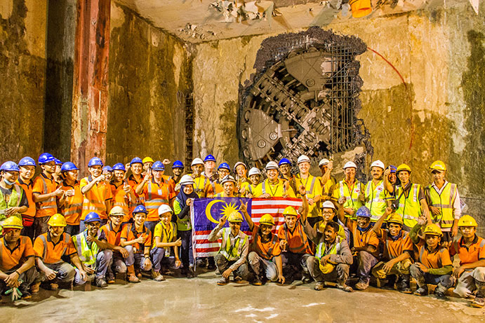 TBM emerges into existing basement structure at Paras Seni Station to complete the full southbound running tunnel