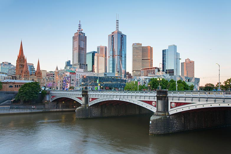 Tunnel alignment crosses Yarra River under Princes Bridge