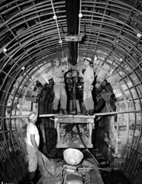 Construction of the 12ft tunnel (1958)