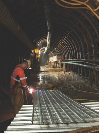 TBM launched from a 23m deep starter tunnel constructed with slurry walls