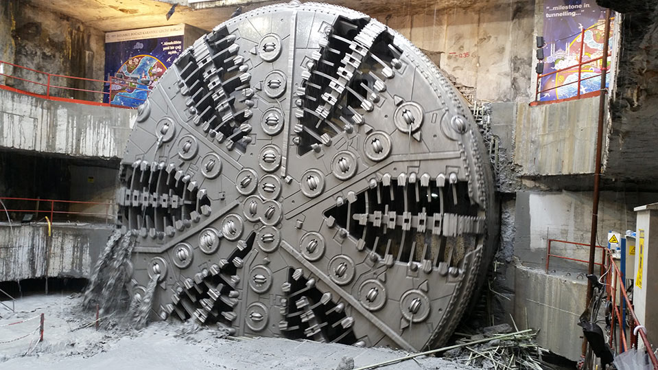 TBM breakthrough for undersea Eurasia Tunnel