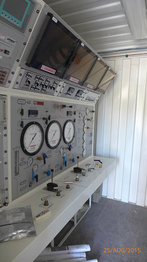 Accommodation chamber monitoring and control station