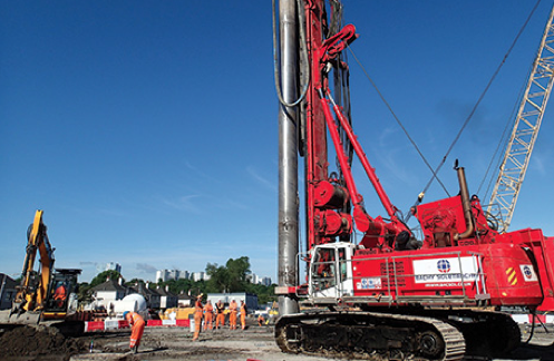 Advance piling works for Shieldhall tunnel