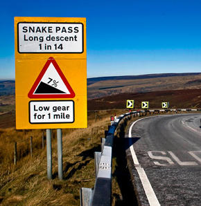 Snake Pass offers poor road connection