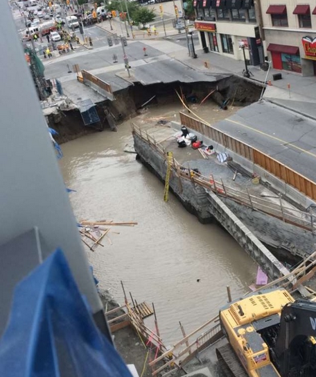 Opposite view of the collapse alongside the cut-and-cover access ramp