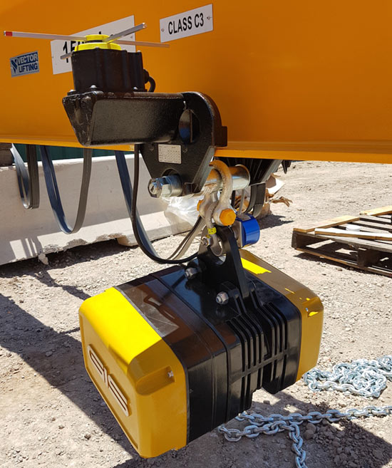 Electric chain hoists from GIS