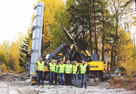 Uppländska Berg visit Atlas Copco drill rig site