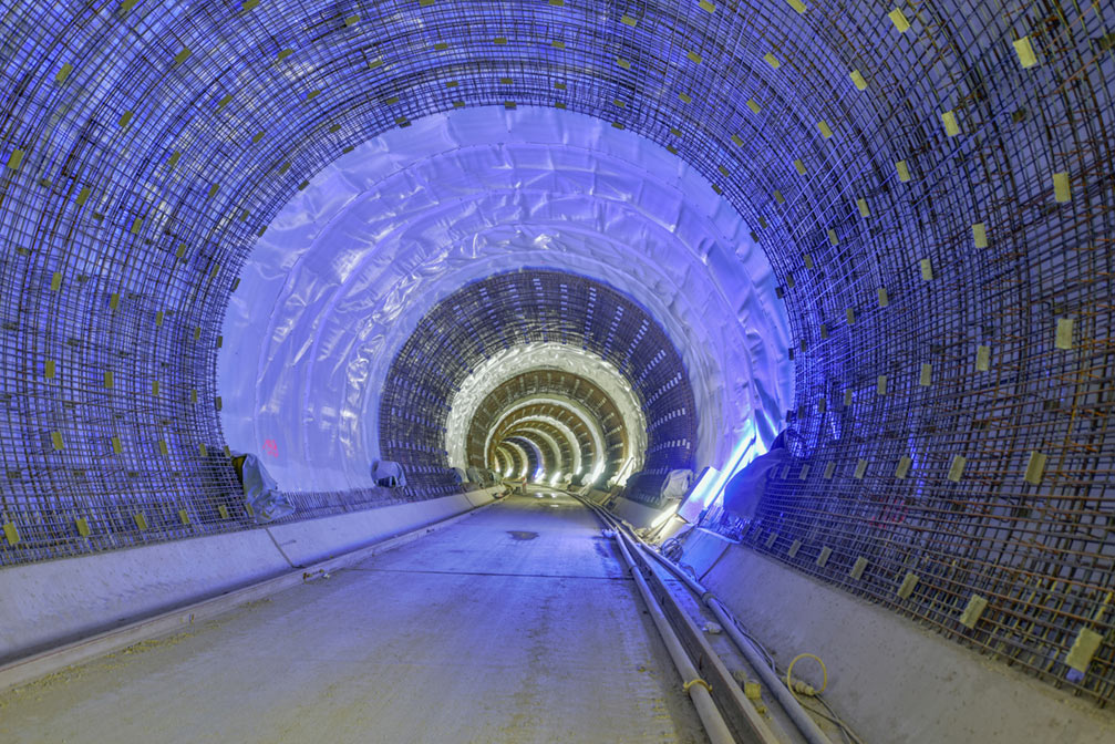 Waterproofing and final lining works in the Bad Canstatt Tunnel' style=