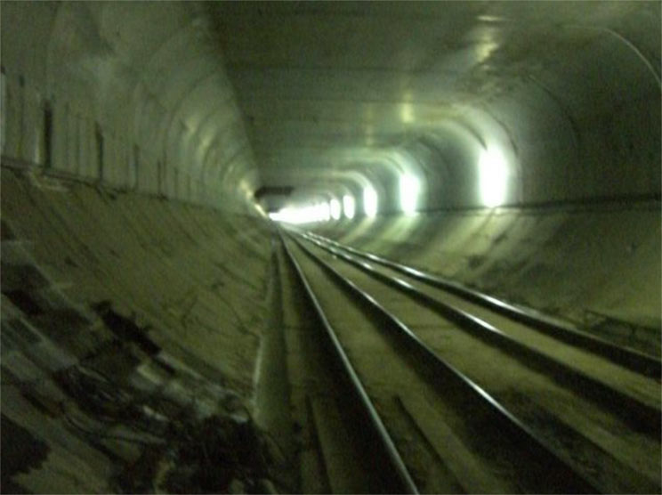 Lower track section beneath the completed horizontal dividing deck