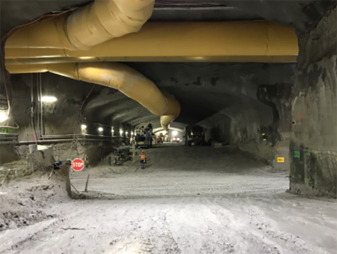 Accurate excavation and rockbolt support of the underground highway