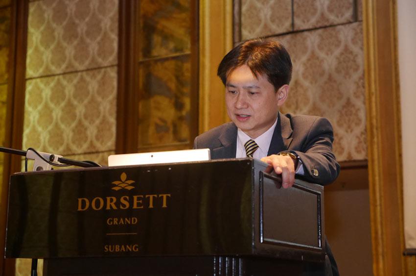 Professor Carles Ng