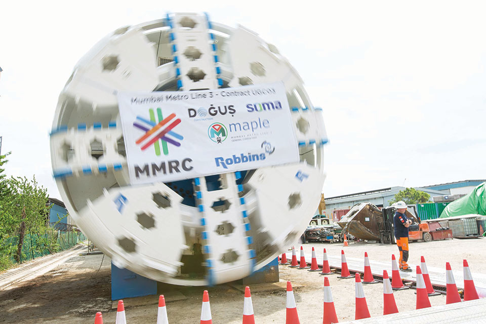 The rebuilt 6.65m diameter slurry TBM