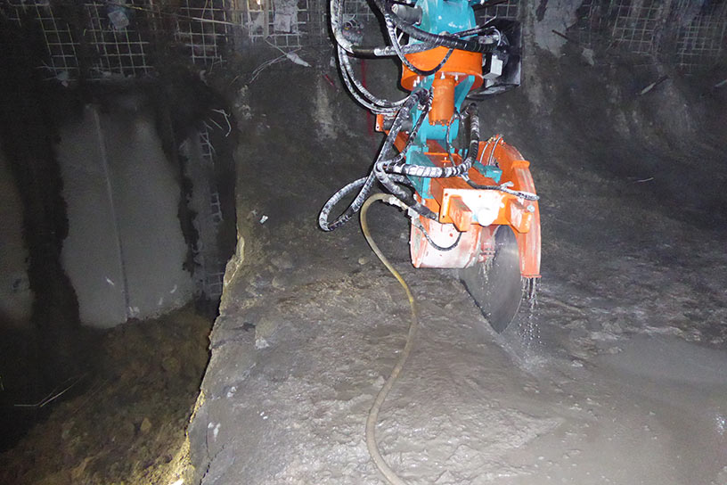 Tunnelsaw to remove precise sections of damaged lining