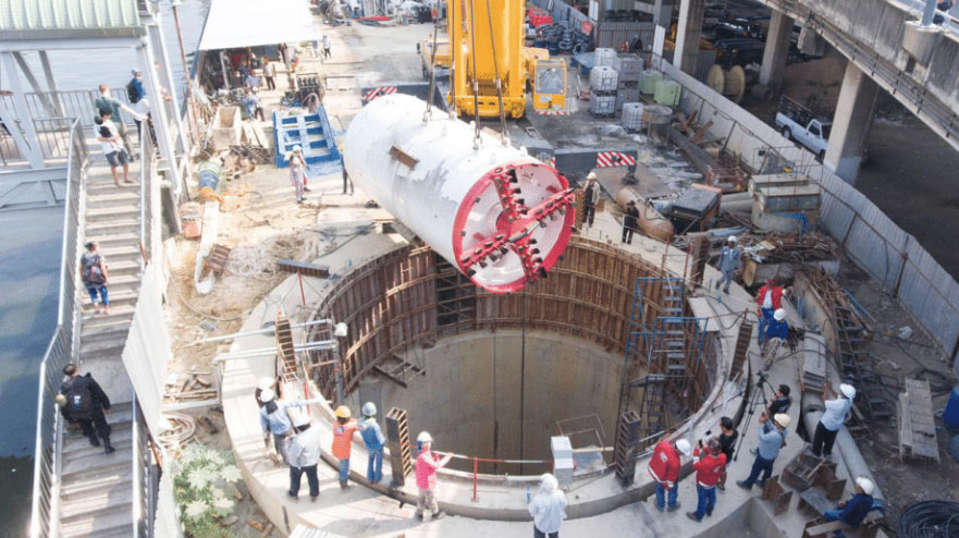 Tight radius EPBM lowered into working shaft