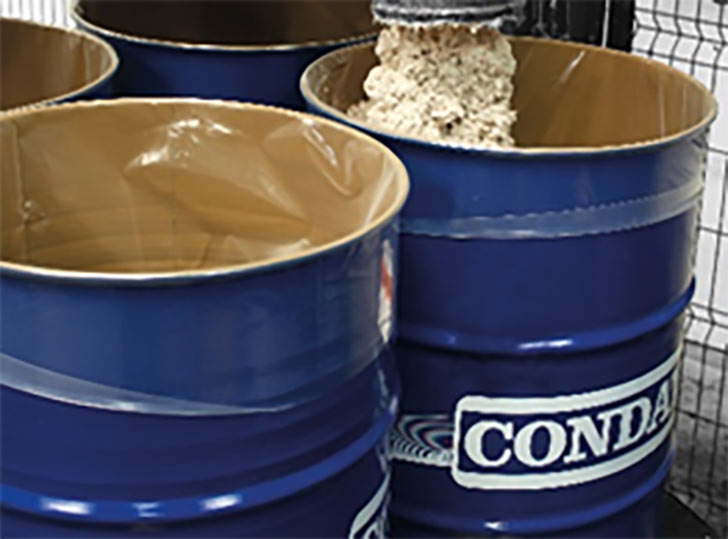 Product drums fitted with removable liner