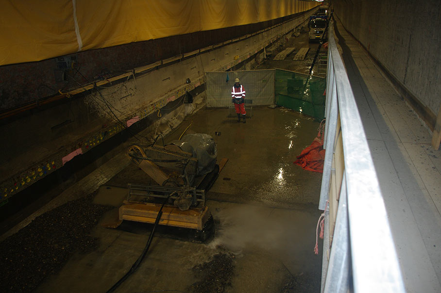 Conjet 557 robots remove the top layer of invert concrete in the underwater tunnel