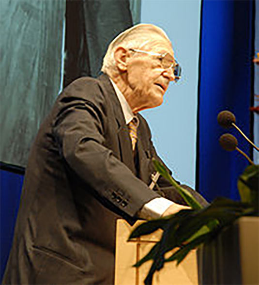 "Pacher at the 2008 Salzburg Geomechanics Colloquium"" style=""width:280px;"