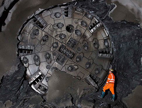 Beakthrough of the 6.2m Robbins Crossover TBM