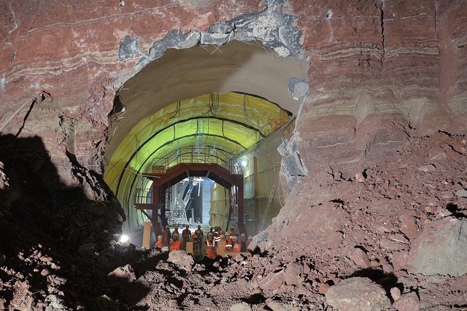 Breakthrough at Oberturkheim urban tunnel in Stuttgart