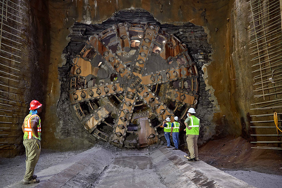 XRE TBM faced-down soft, mixed and full-face shale rock