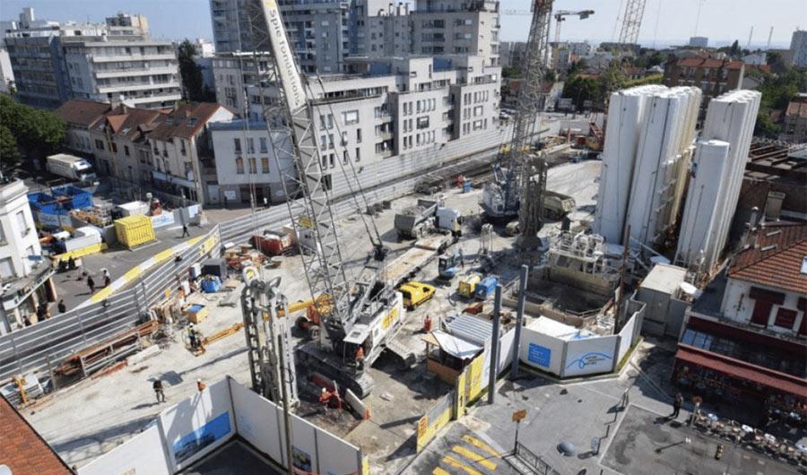 Bentonite silos