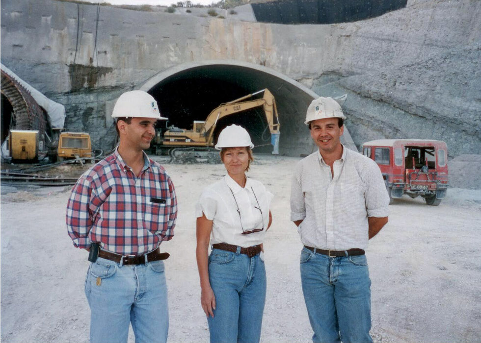 Shani Wallis <em>TunnelTalk</em> visiting a road tunnel project in Spain in 1990s with González (right) and his colleague
