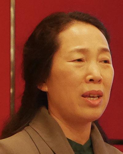 Jenny Jinxiu Yan