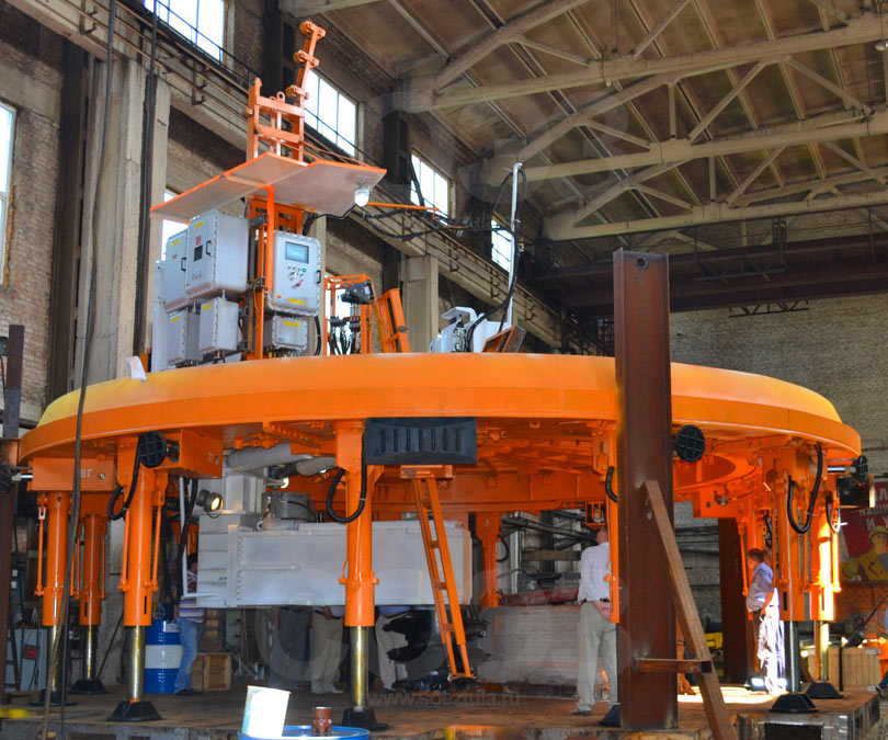 1SPKV-8.0 shaft sinking machine used during the Ufa tunnel works