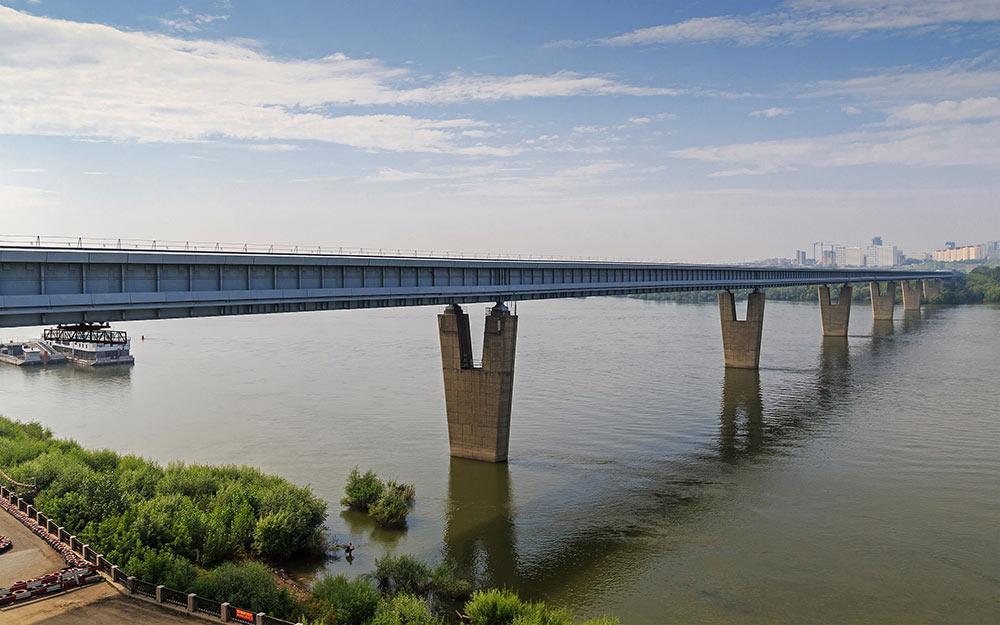 Metro bridge over the Ob River