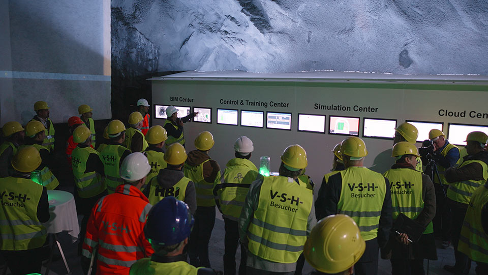 Demonstration and simulation in a real tunnel environment