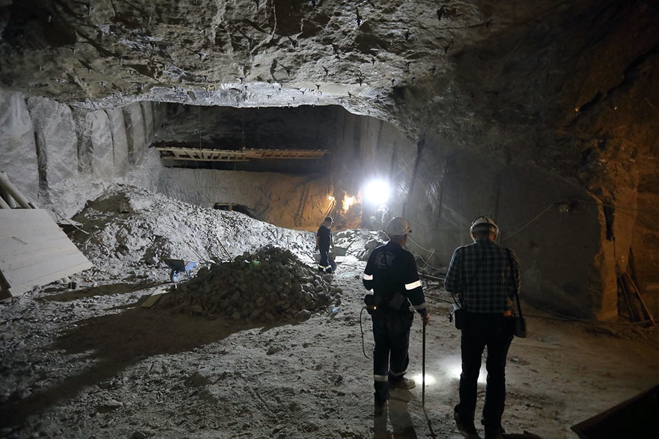 Salt mines considered for waste storage in Germany