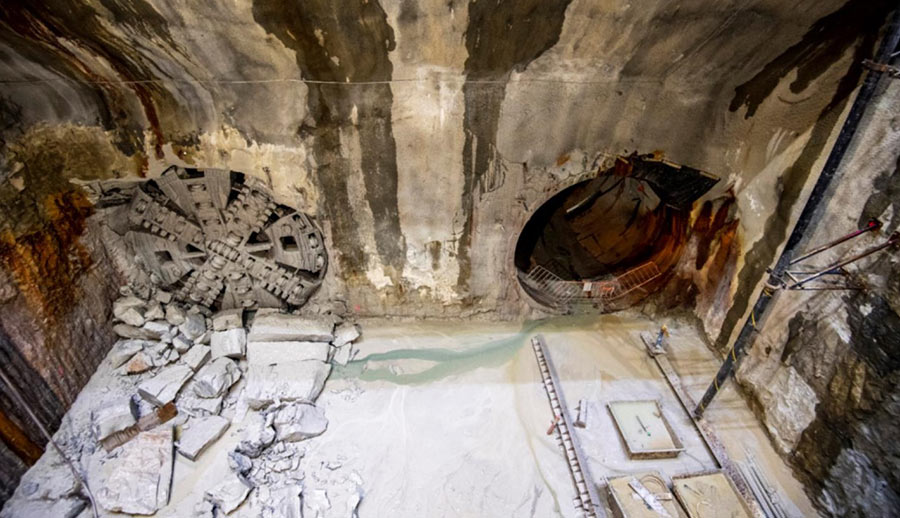 Slurry TBM ends second harbour crossing drive