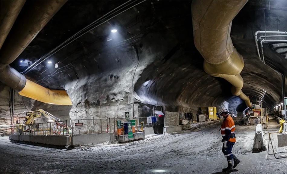 Excavation of the twin tube underground highway