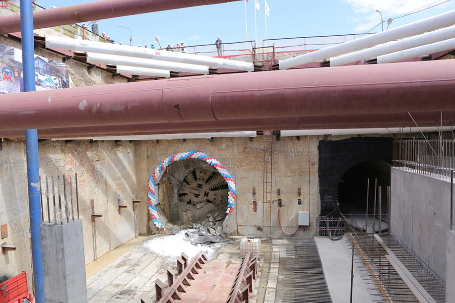 Plan is to use a 6m Herrenknecht TBM previously used on the Moscow Metro