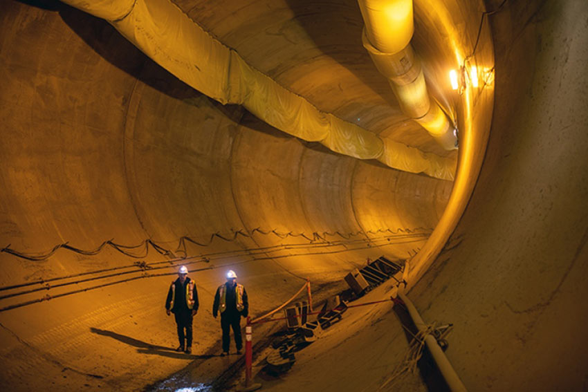 As a comparison, the 900 MW Site C hydropower project in western Canada includes two 11m diameter diversion tunnels with a reinforced concrete lining