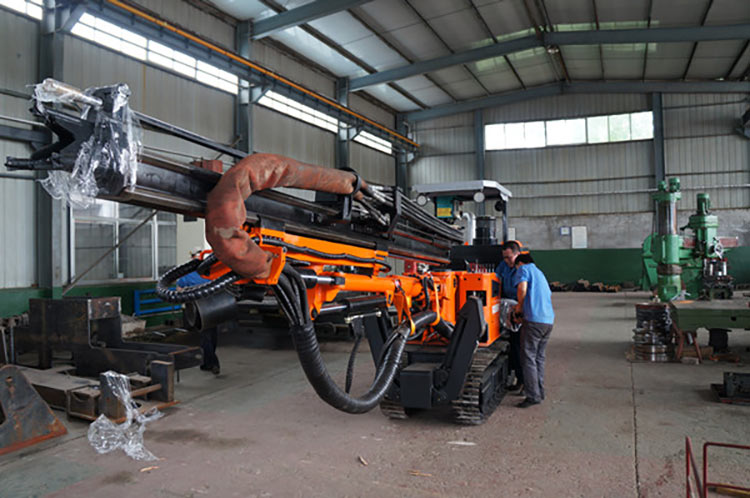 Single boom Fucheng being readied in the workshop