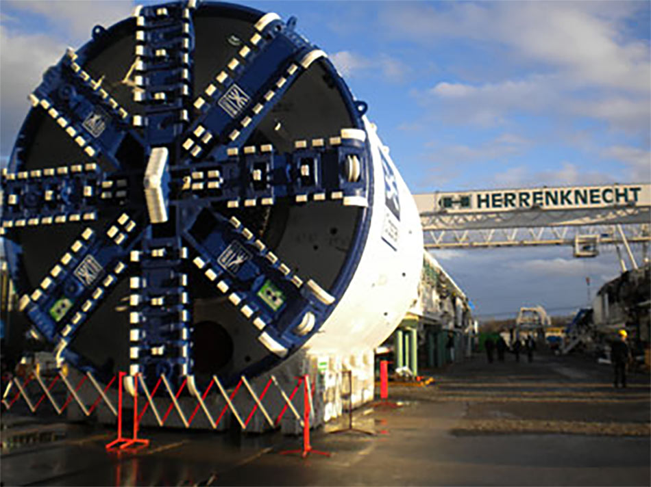 Eight Herrenknecht TBMs completed a total 48km of the running tunnels –  six EPBS and 2 Mixshields