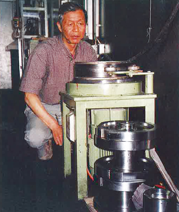 Professor Wan was in charge of disc cutter management on the South Portal TBM