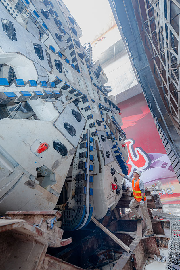 Largest Robbins Crossover TBM to be used in China