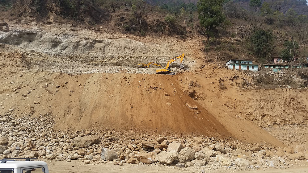 Large boulders evident at the launch site being prepared for the Vishnugad Pipalkoti project TBM